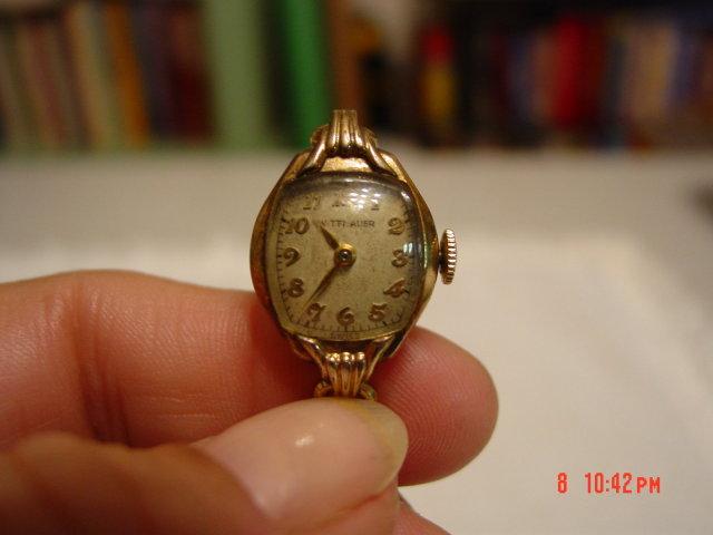 Vintage Wittnauer 10K Gold Filled Ladies Watch