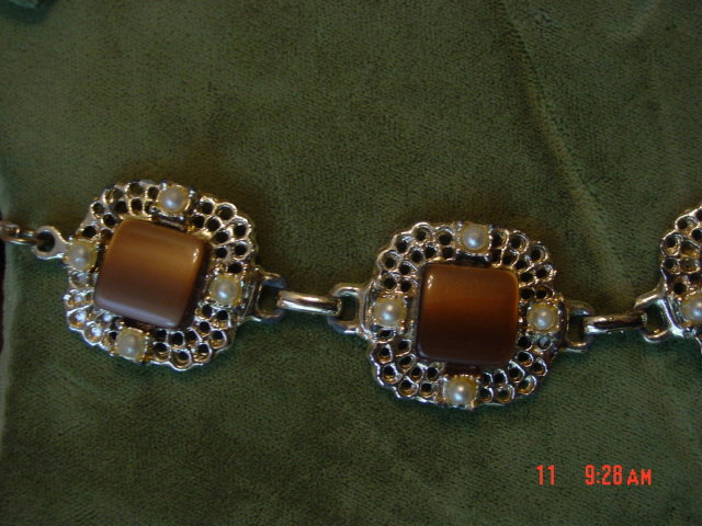 Brown Thermoset Lucite Moonglow Link Necklace