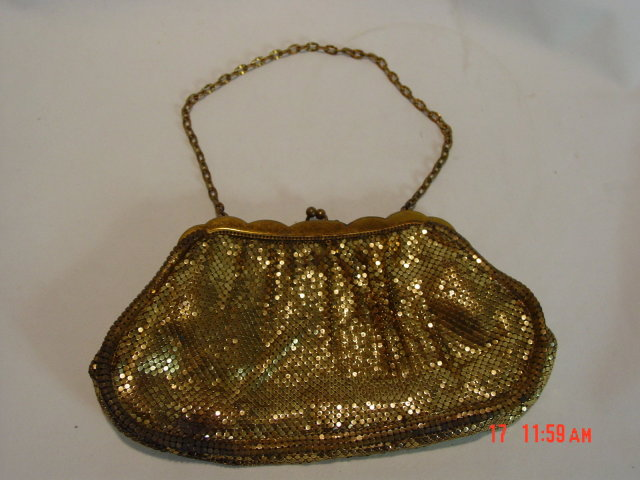 Antique Whiting & Davis Gold Mesh 2911 Evening Bag Purse