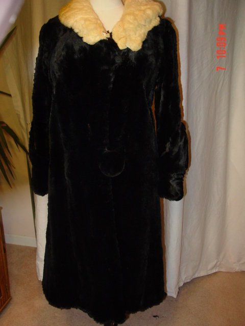 W.G. Swartz Co. Black Rabbit Fur Coat