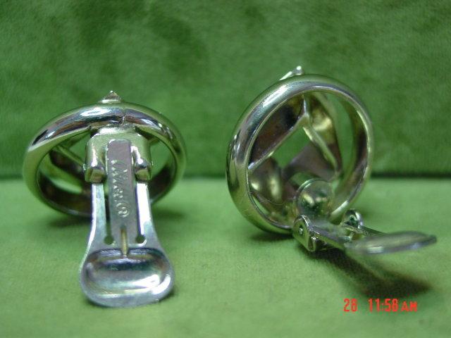Vintage  Silvertone Modernistic Alice Clip Earrings