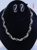 Vintage Goldtone & Black Thermoset Necklace & Clip Earrings