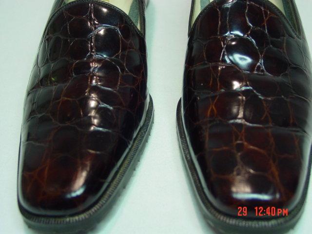 NEW Size 8AAAA Rangoni Firenze Crocodile Finish Loafers