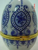 Footed Blue and White Porcelain Egg Trinket Box