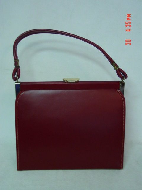 Red Vinyl Stylemark by Mutterperl Handbag Purse