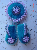 Vintage Native American Indian Beaded Moccasins Souvenir Pin