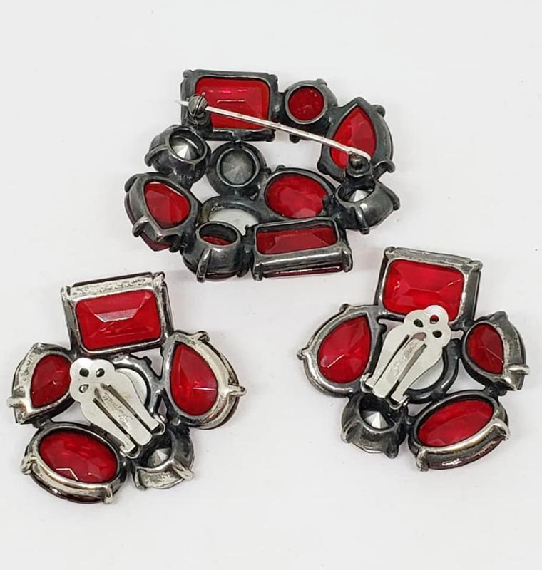 Schiaparelli Red Glass Brooch and Clip Earrings