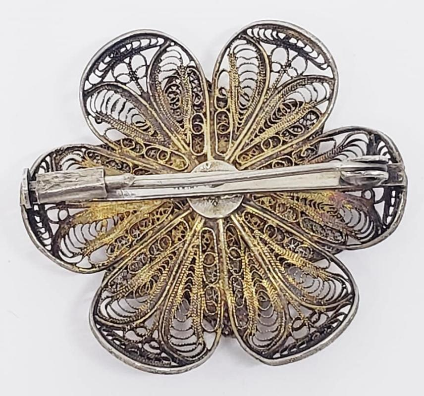 800 European Silver Vermeil Filigree Flower Pin