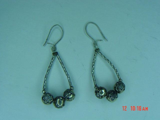 Silver Rose Bead Necklace, Bracelet & Pierced Earrings