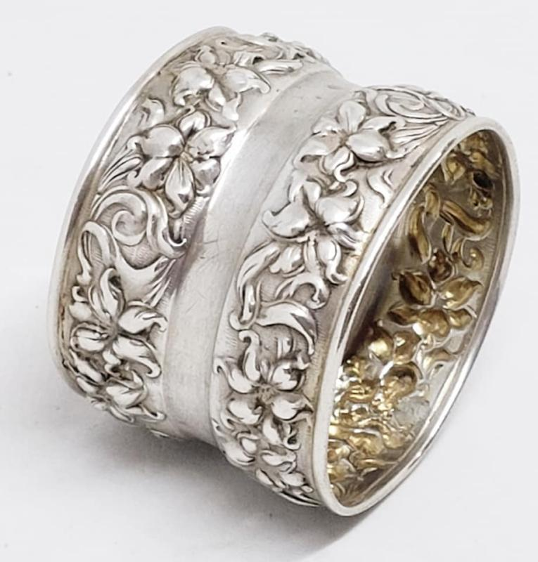 Beautiful Sterling Silver Repousse Napkin Ring