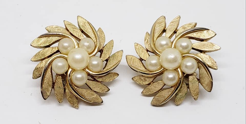 Brushed Goldtone Trifari Clip Earrings with Imitation Pearls
