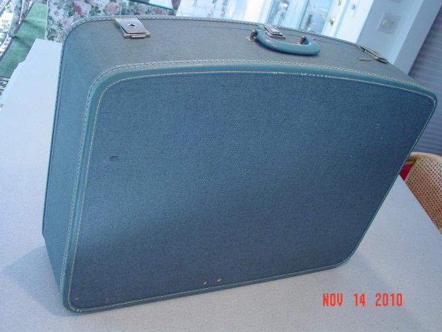 Vintage Large Blue Tweed Travel-Smart Suitcase