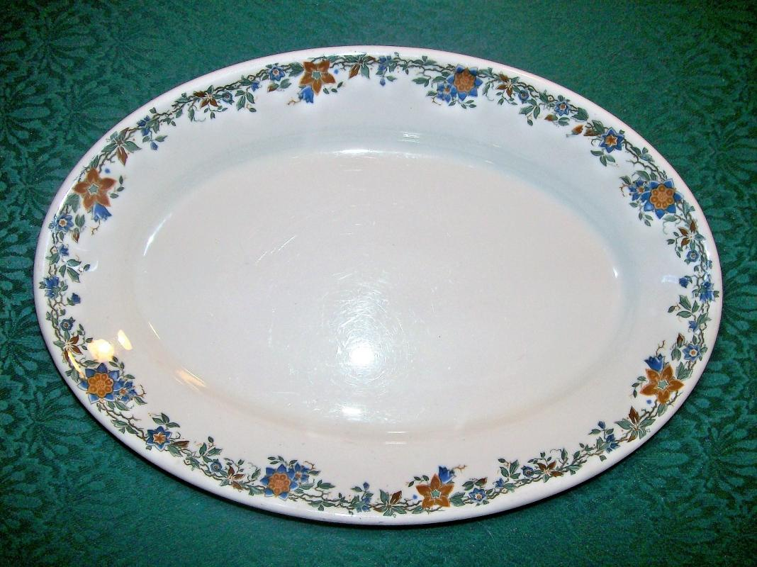 Vintage Iroquois Autumn Vine Restaurant Platter 13.5