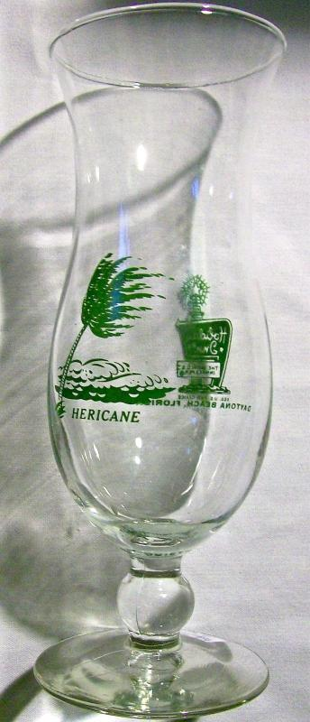 Vintage Holiday Inn Hericane/Hurricane Cocktail Glass Daytona Beach Fla 1969-81