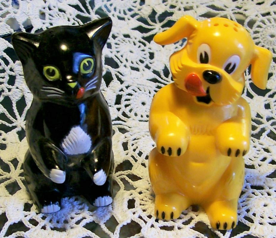 Vintage Ken-L Ration S&P Shakers Fifi & Fido Cat & Dog Advertising