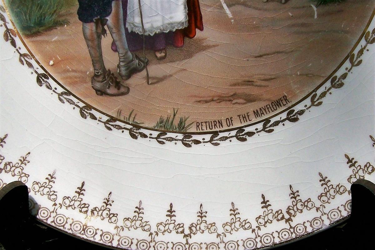 Antique Crescent Pilgrims Mayflower Plate 9.75