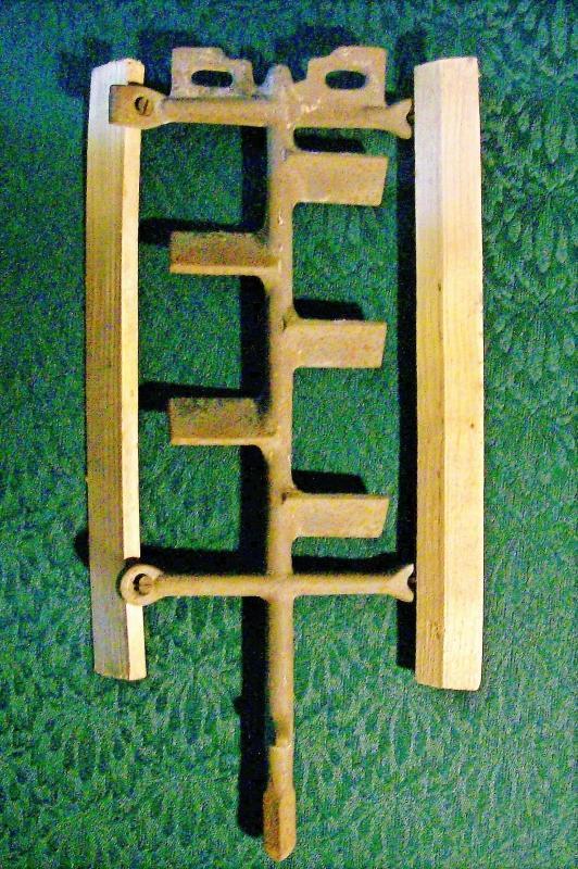 Vintage Cast Iron Churn Dasher Ice Cream/Dairy Wooden Paddles #4-38NU5