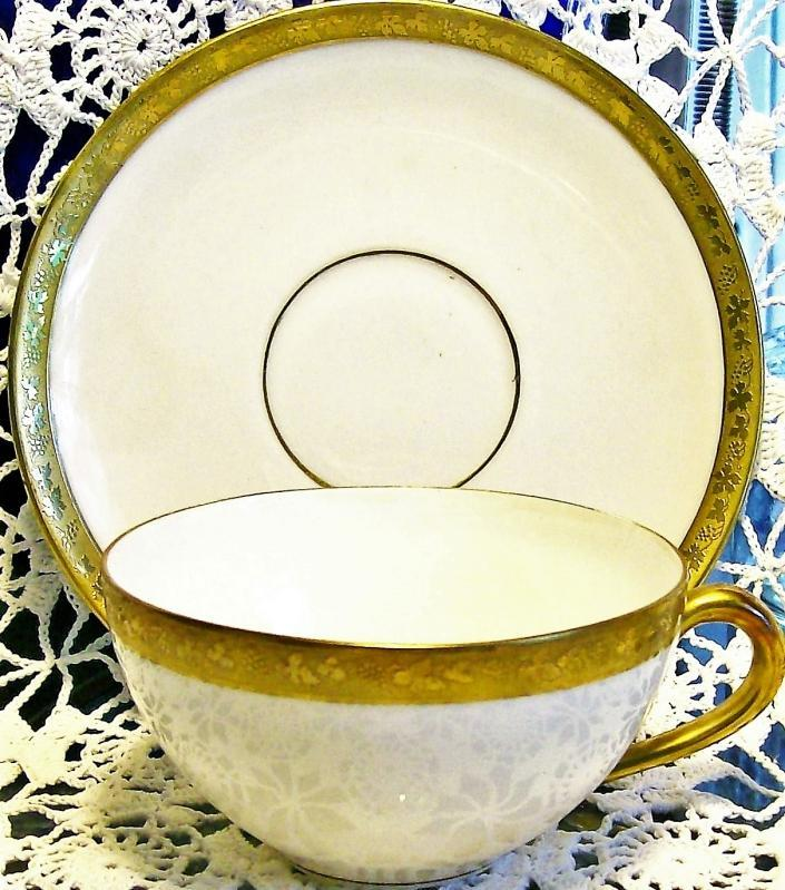 Antique Royal Bayreuth ROB24 Cup/Saucer Gold Encrusted Grapevine Motif