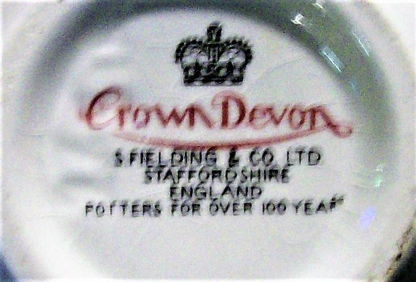 Vintage Crown Devon Ginger Jar Field Mouse Happiness Phrase 1970s