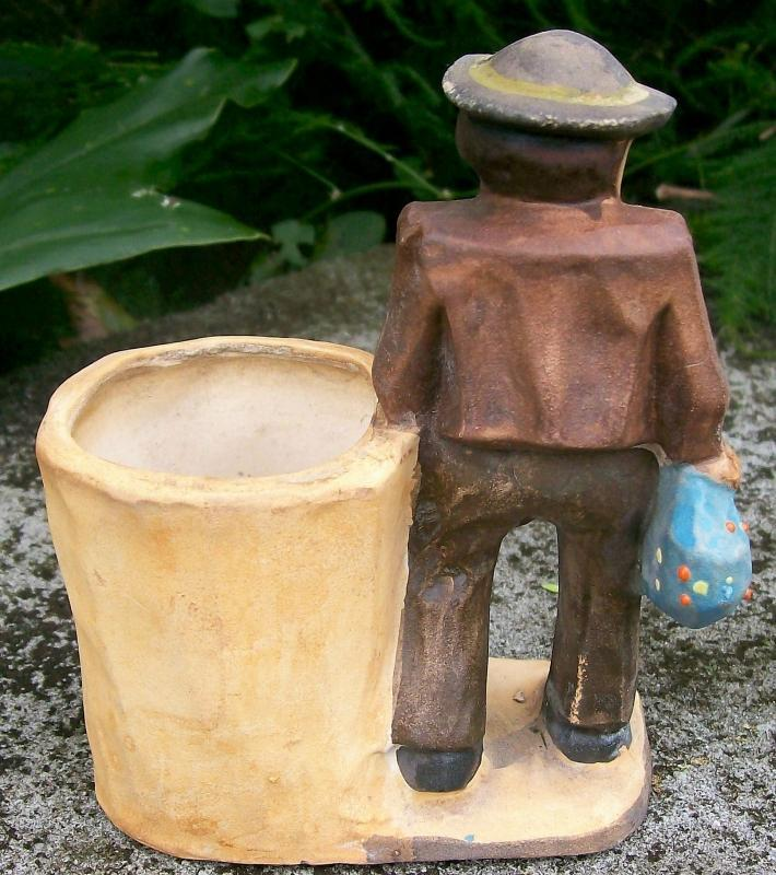 Vintage Vagabond/Hobo Cachepot Faux Wood-Carving Japan
