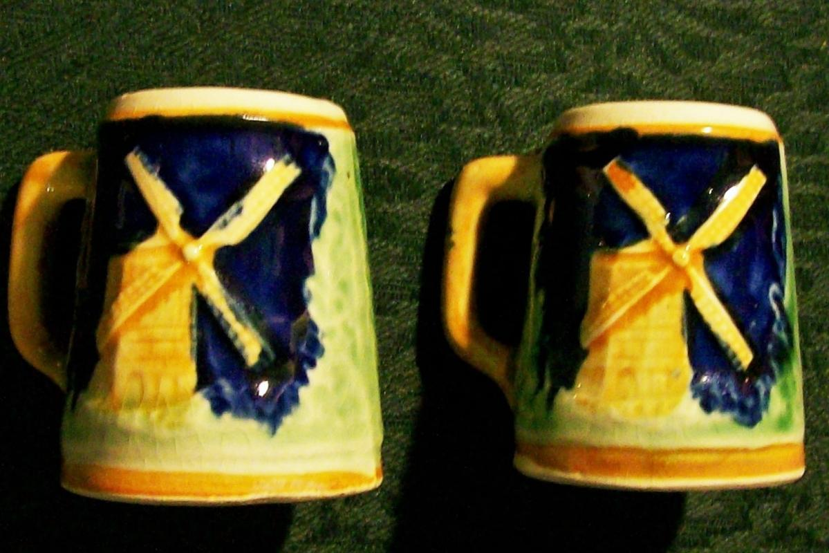 Vintage Windmill Stein S&P Shakers 1930s-40s Japan