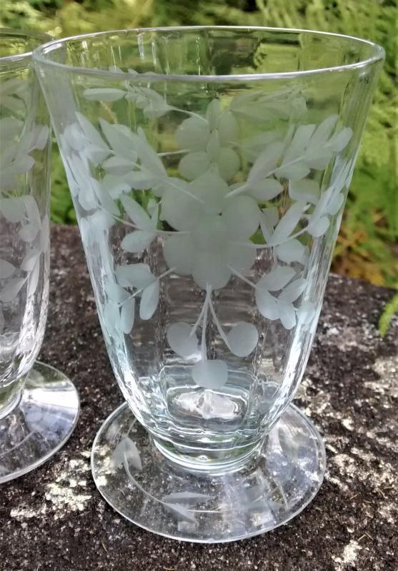 Vintage Glastonbury-Lotus #66-1 Footed Tumbler Set/4 Cut Flowers/Dots