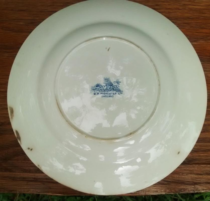 Vintage Midwinter MDW43 Cattle Scene Plate 10