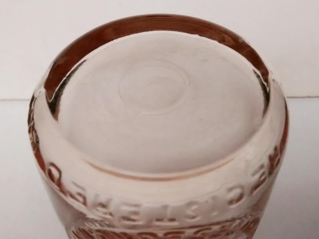 Vintage Voss Brothers Dairy/Milk/Cream Bottle Whitesboro NY Embossed Quarter Pint 1920s-30s
