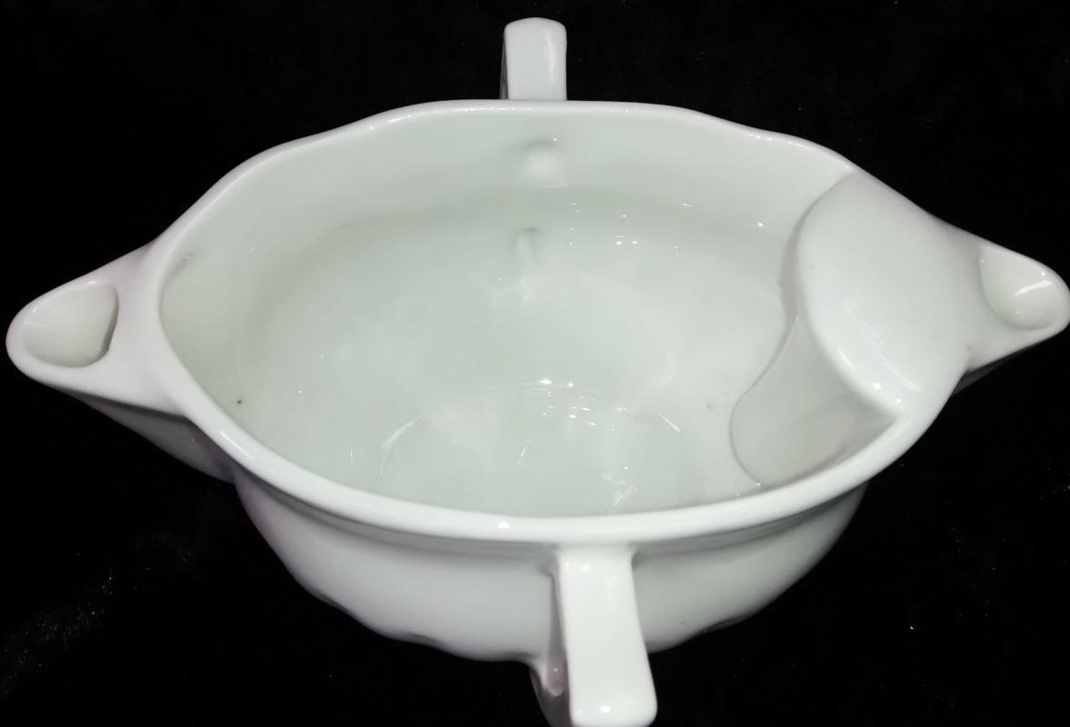 Pillivuyt Sancerre Gravy/Sauce Boat White Double Spout