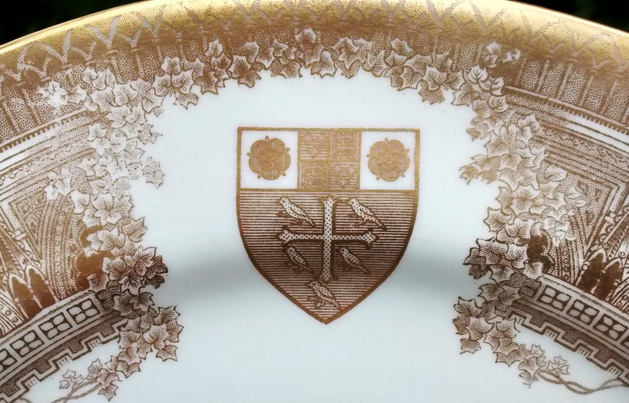 Vintage Spode Westminster Abbey Plate 1965 10.5