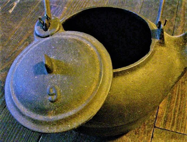 Antique Cast Iron Woodstove Teakettle 1800s Fits Stove Eye