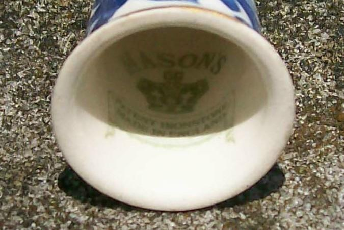 Mason's Patent Ironstone Thimble Blue Floral/Gold