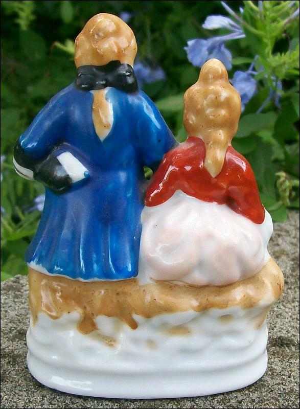 Vintage Occupied Japan Couple Figurine Colonial-Style 4