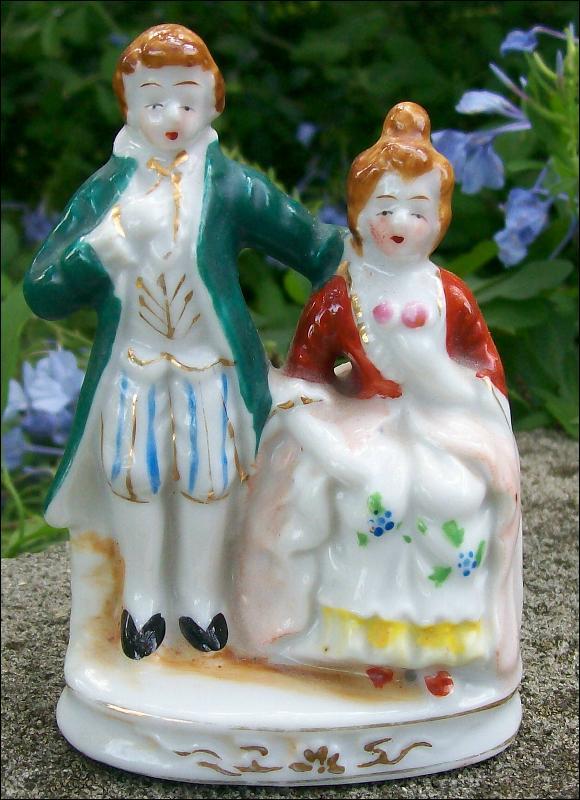 Occupied Japan Colonial Couple Figurine