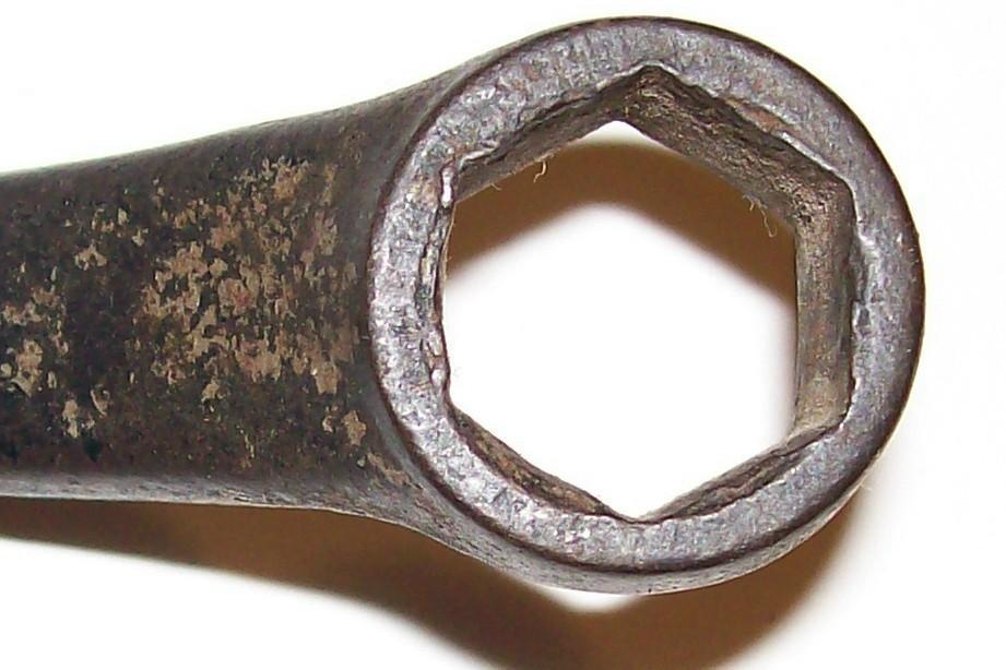 Ford Wrench M-40-17017 Spark Plug/Headbolt Ca. 1930 Steel
