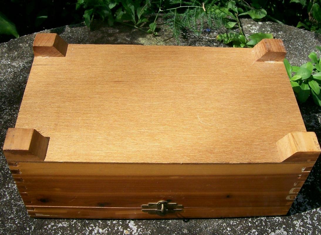 Vintage Cedar Wood Dresser/Jewelry Box w/Mirror Molded Decoration / Postcard