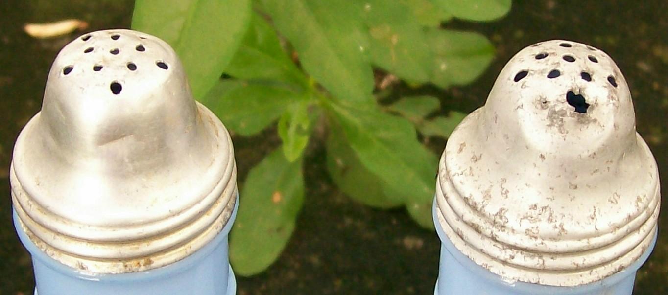 Jeannette Delphite Blue Glass Salt & Pepper Shakers:  Molded Chianti Bottle Shape