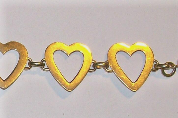 Vintage 14K Gold Bracelet Open Hearts 11g