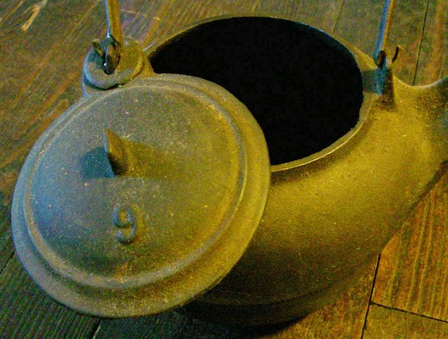 Cast Iron Teakettle Fits Stove Eye