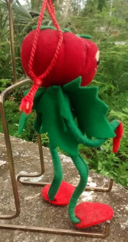 Vintage Italian Anthropomorphic Doll/Ornament Vegetable/Tomato Person 6
