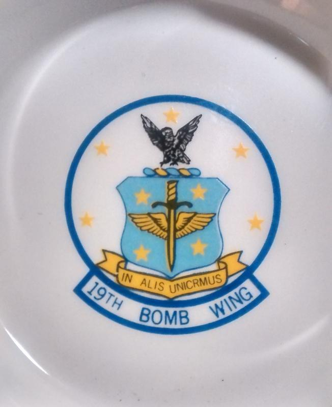 US Air Force SAC 19th Bomb Wing Ceramic Skillet Ashtray
