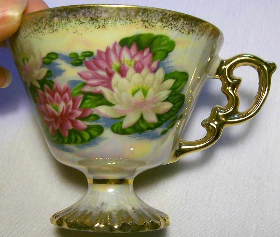 Water Lily Cup & Saucer Ca. 1950s Pedestal Luster
