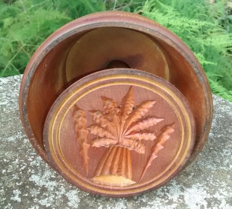 Antique Treenware Butter Mold 1800s Primitive Wheat Sheaf