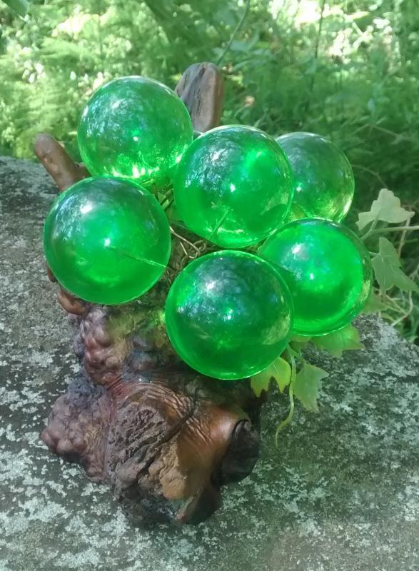 Lucite/Acrylic Grape Sculpture 1960s Grapevine Green