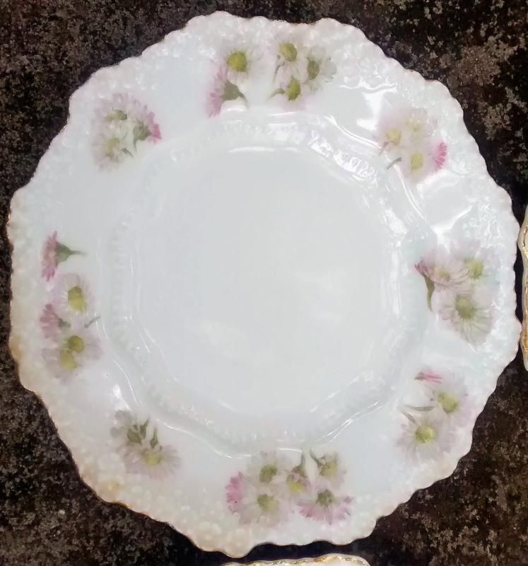 Hermann Ohme Silesia Plate Set/6 Pink/Lavender Daisies 1882+ 6.5