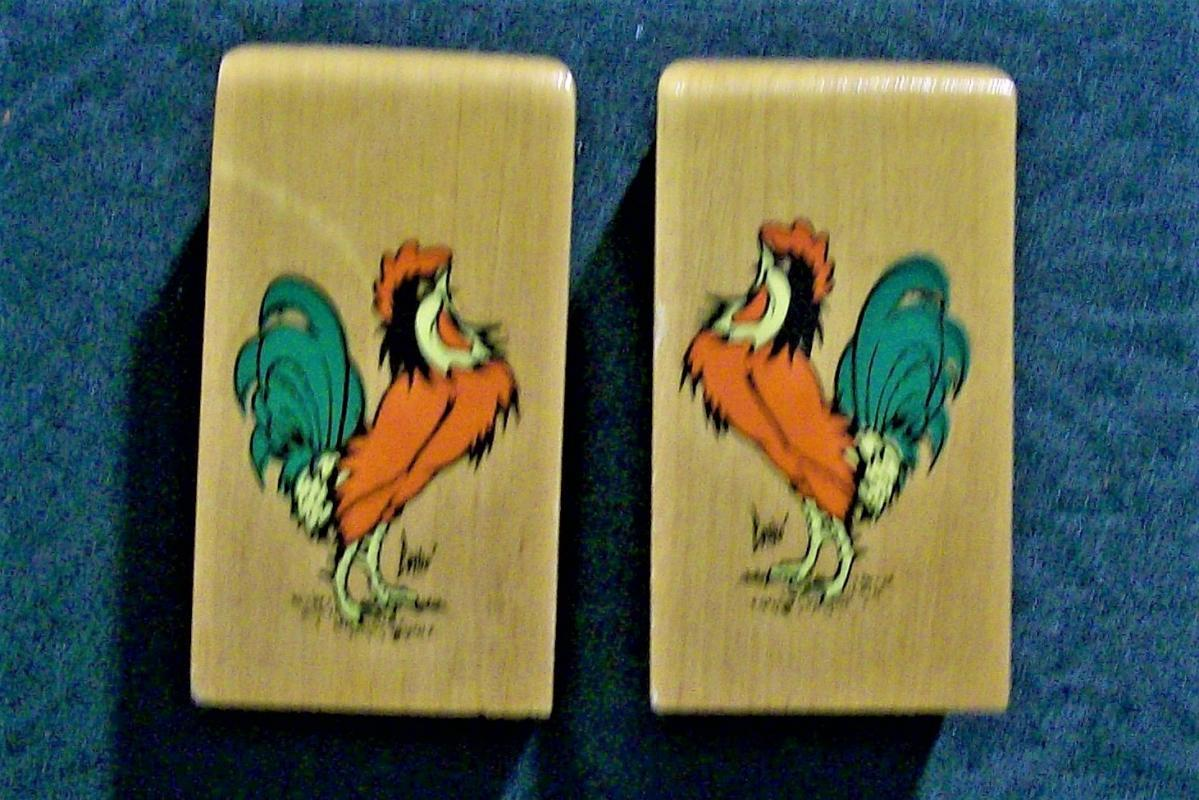 Rooster S&P Shakers Wood w/Decals 1950s