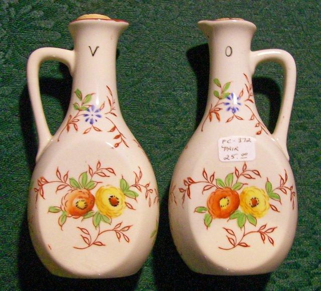 Japanese Ceramic Oil & Vinegar Cruet Pair Hand-Painted/Red Stencil 1930's 5.5