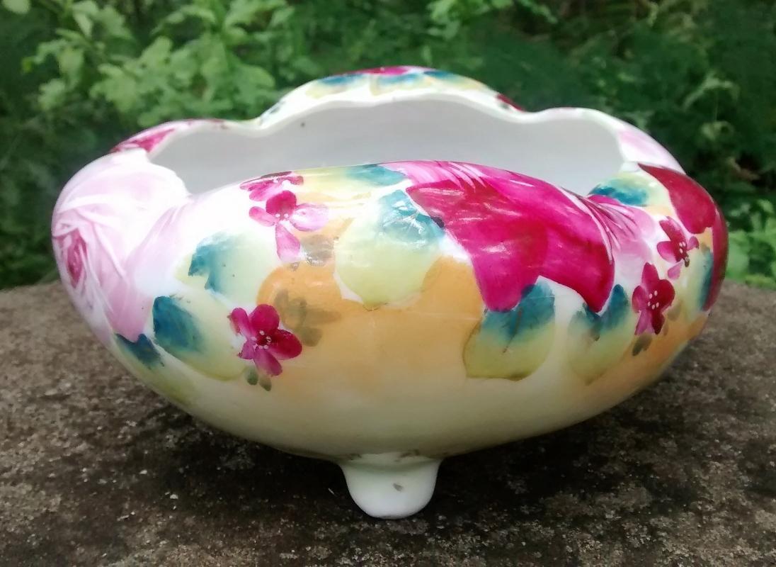 Antique Nippon Puffy Ferner/Planter/Flower Bowl HP Roses