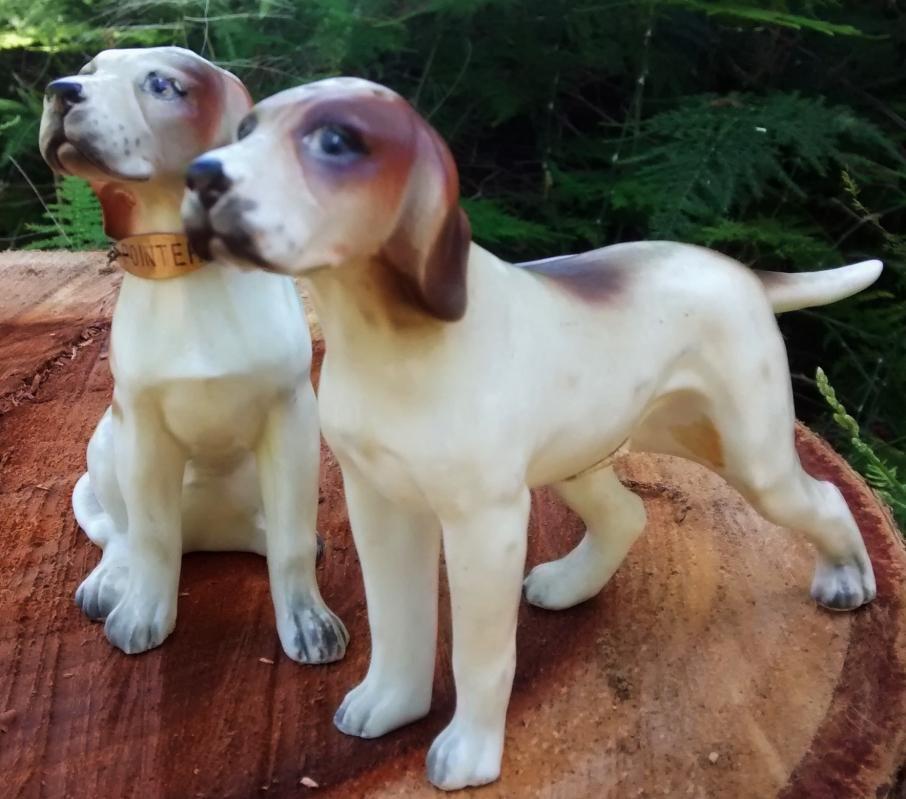 Pointer Dog Salt & Pepper Shaker Pair