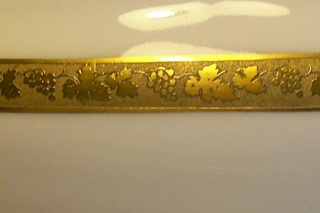 Royal Bayreuth Gold Encrusted Gravy with Attached Tray: Grapevine Motif ROB24